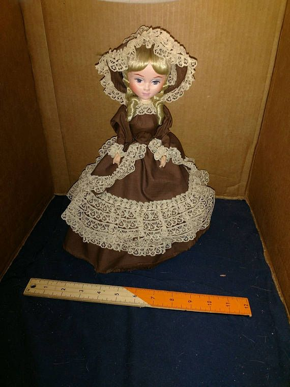 Bradley dolls brown lace dress by giftcraft los angeles california. made in korea