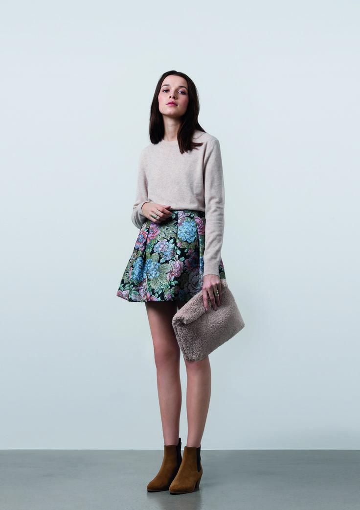 http://www.gatrimon.com/eshop/fr/ Sweater :REEVE Skirt : FLOW