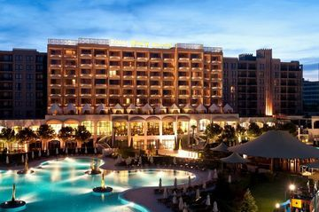 For exciting #last #minute #hotel deals on your stay at BARCELO ROYAL BEACH, Sunny Beach, , visit www.TBeds.com now.