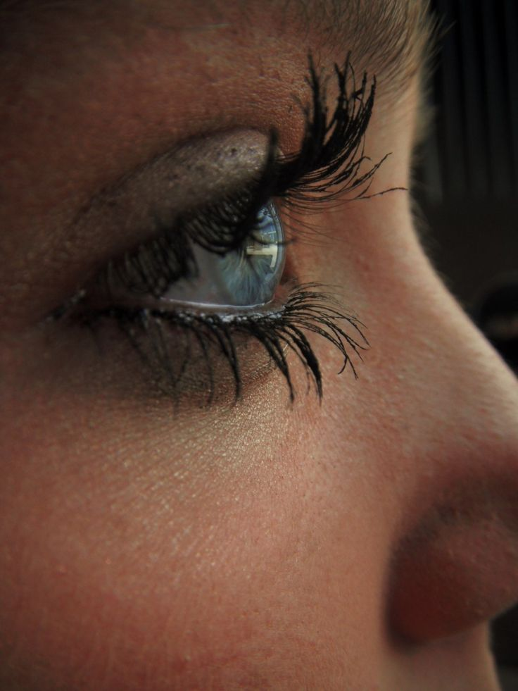 Wish my eyelashes looked like this.