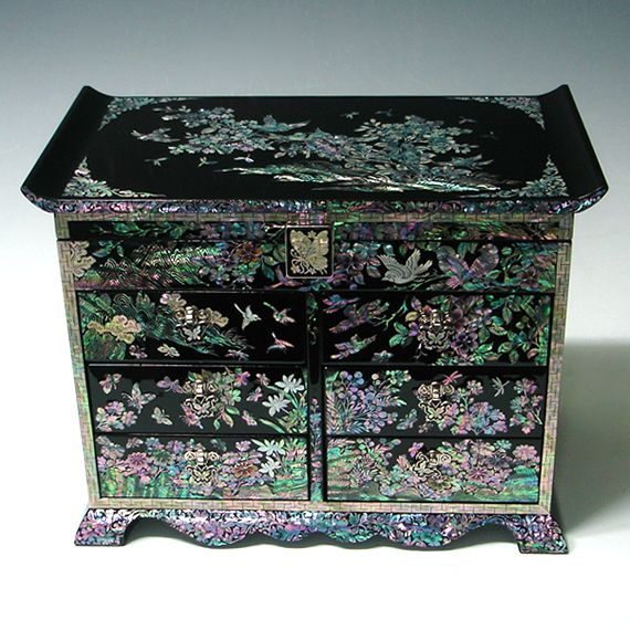 http://www.antiquealive.com/store/detail.asp?idx=3561&CateNum=42&pname=Wood-Jewelry-Chest-of-Drawers-inlaid-with-Mother-of-Pearl-Flower-and-Bird- Wood Jewelry Chest of Drawers inlaid with Mother of Pearl Flower and Bird