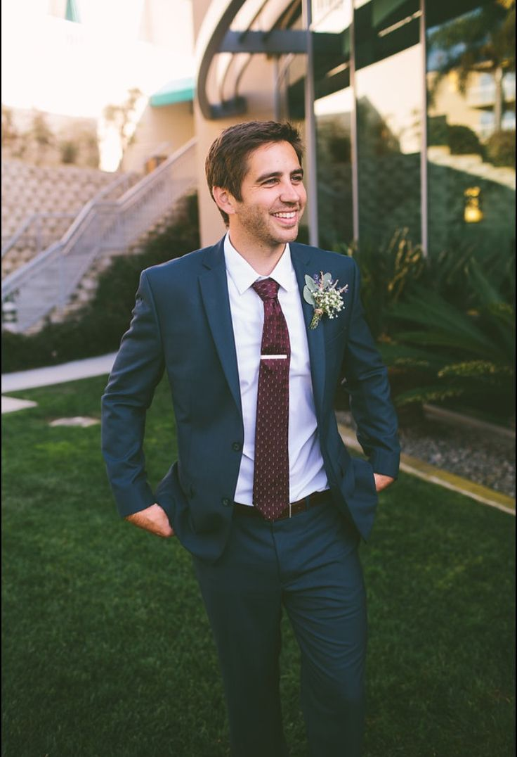 Groom's suit - navy blue, maroon tie, lavender boutonnière  Jessica Miriam Photography