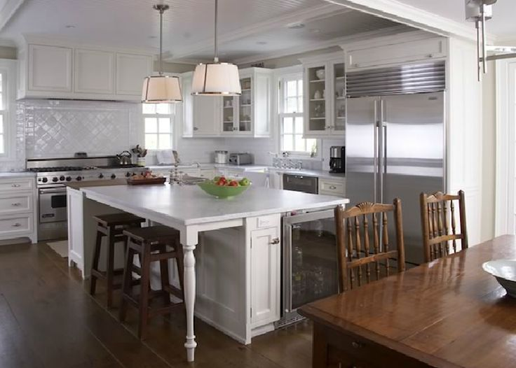 Lovely Kitchen Cabinet island Legs