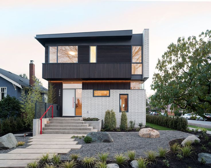 249 best bungalow front entrance porch design and walkway for Best house design vancouver