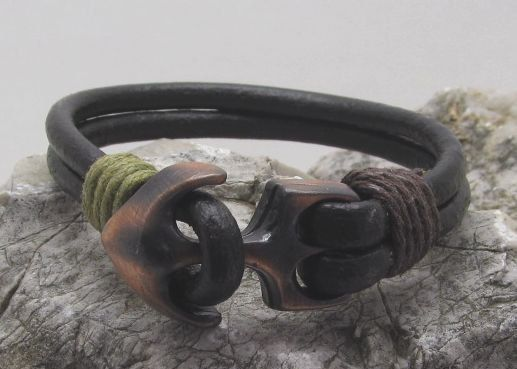 Lederen armband voor mannen van Zwart leer door EsraLeather