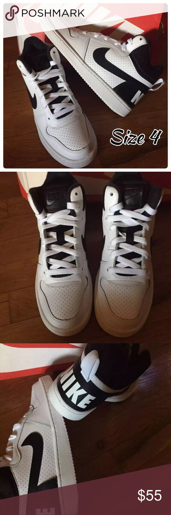 Youth 4 Nike NIB New in Box!! Ships Fast! Youth 4 Big kids Girls , Boys Nike Sneakers Mid Tops , white and Black Happy to Bundle! Nike Shoes Sneakers
