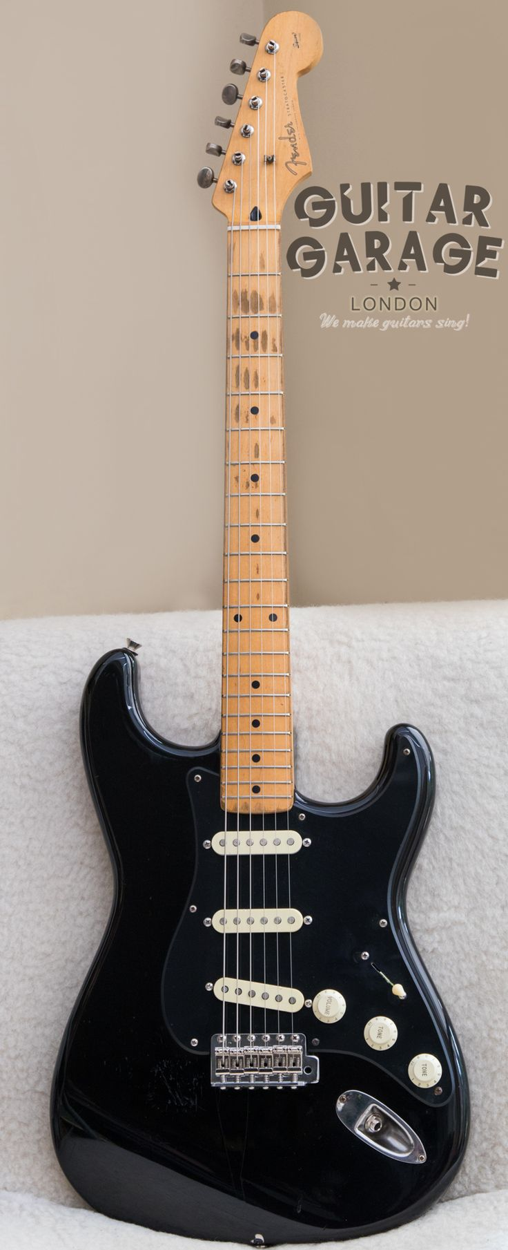 GUITAR GARAGE LONDON CUSTOM BUILT Dave Gilmour's Black Strat. Based on a 1956 reissue from Japan with D-shape very worn 7,25'' neck, Seymour Duncan SSL-5 in the bridge, CRL switch, CTS 250K pots, Mullard NOS capacitor, cloth wiring, steel tremolo block, bent saddles, Kluson tuners. Full shielding inside. Built to order.