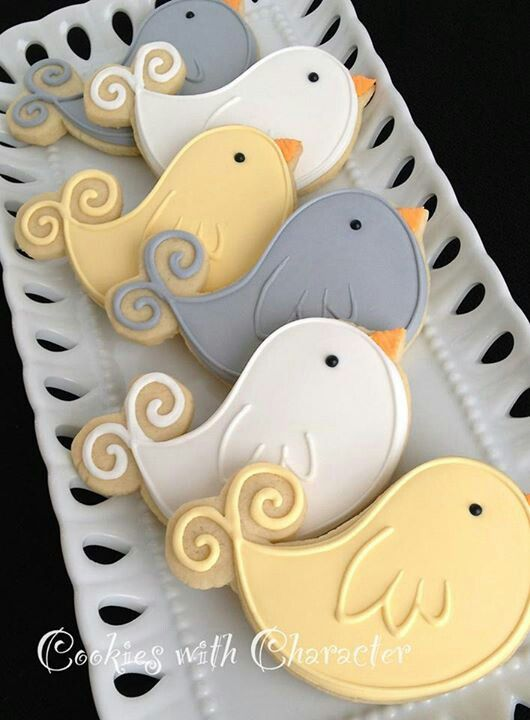 Cute bird cookies, great for Spring, or Tea, or Easter Cookies or cookie pops in the Easter Baskets, simple enough to send to school for a party. The shape is easy enough turn into whales. Remove the beak, change the colors, add a mouth and you have cute little whales.