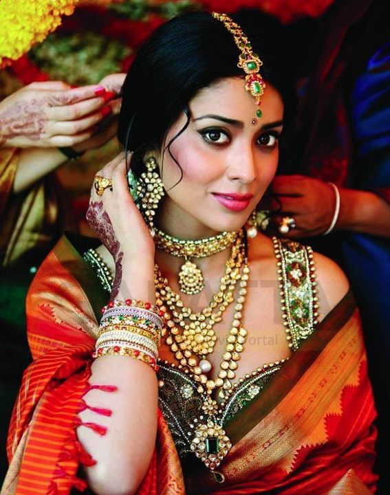 Actor Shriya Saran @Shriya_S in Exquisite Bridal Jewelry
