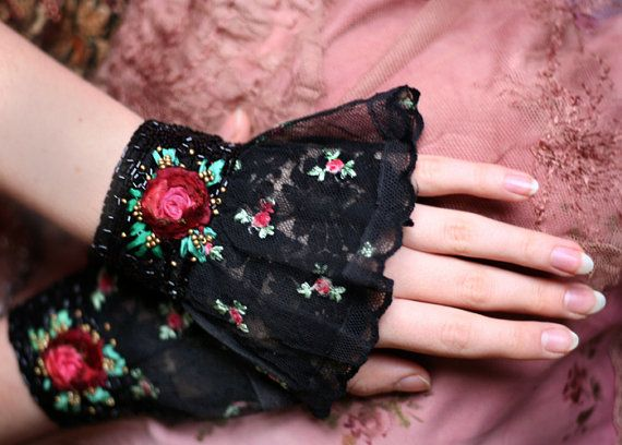 1900 --custom made pair of romantic antique lace wrist wraps with beading and roses