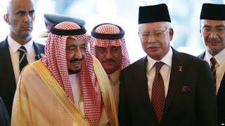 Syiah Berencara Lakukan Penyerangan Terhadap Rombongan Raja Salman di Malaysia Syiahindonesia.com - Kuala Lumpur  Malaysia mengungkap penggagalan rencana penyerangan yang menargetkan rombongan kerajaan Arab Saudi. Sebanyak empat orang tersangka yang ditahan terkait dengan milisi Syiah Hutsi Yaman.  Polisi Malaysia menangkap anggota milisi asal Yaman menjelang kedatangan Raja Salman. Sumber senior di kepolisian pada Selasa (07/03) mengatakan empat orang anggota kelompok pemberontak Hutsi…