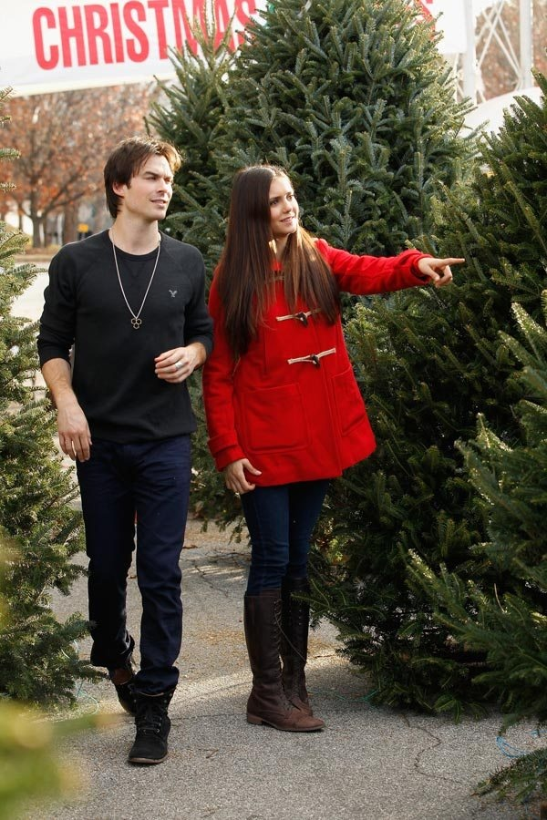 Nina Dobrev and Ian Somerhalder, stars of The Vampire Diaries, were spotted wearing head-to-toe American Eagle Outfitters last week while shopping for a Christmas Tree in Atlanta.