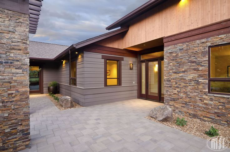 Ledger Panels California Gold Exterior Tiles