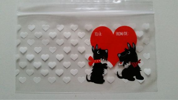 Adorably cute treat bags with little Scotties on! ;-) Aaaw...