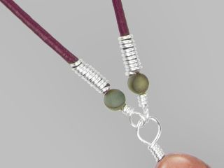 Tutorial Wire-Wrapped Leather Ends with Katie Hacker - Video