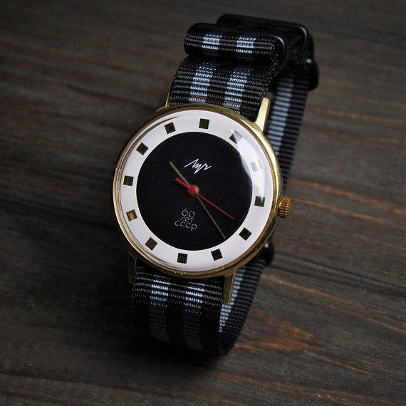 Rare soviet watch LUCH Vintage watch watches for men watch Luxusórák 61cb36d484