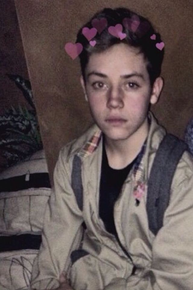 sibling and baby photo ideas - 17 Best images about ETHAN CUTKOSKY on Pinterest