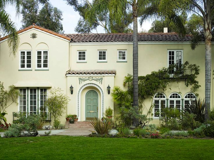 1284 best images about colonial houses on pinterest for Spanish colonial exterior paint colors