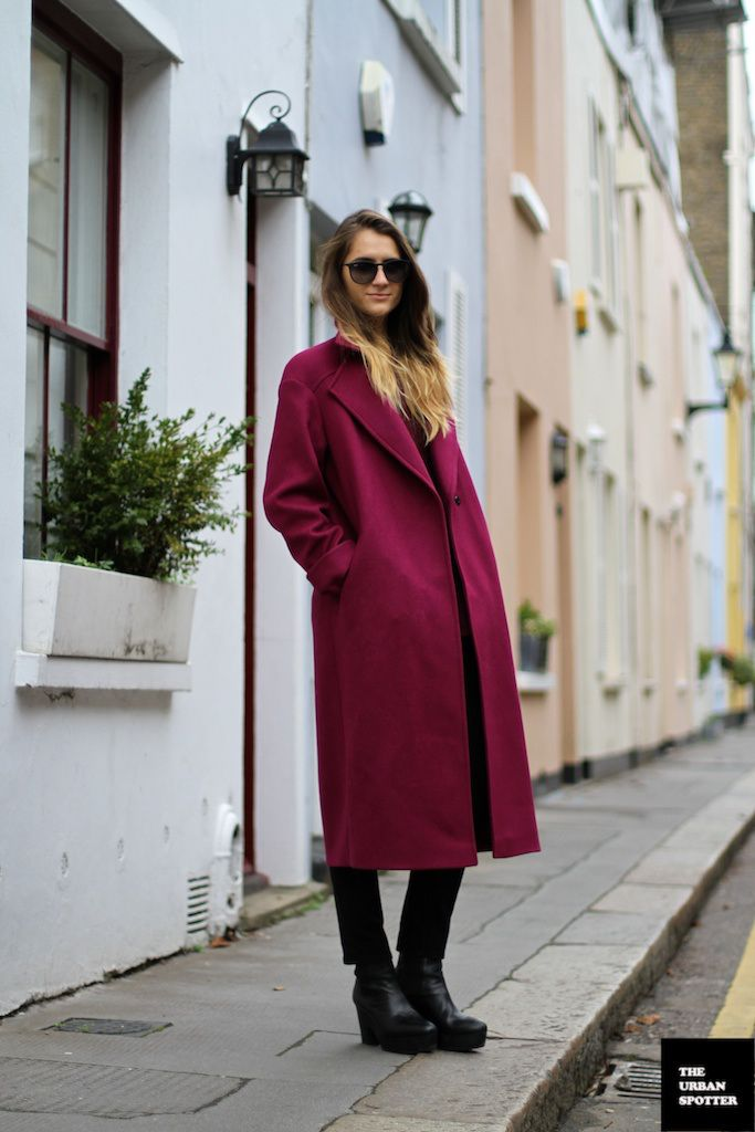 great burgundy topper. London.