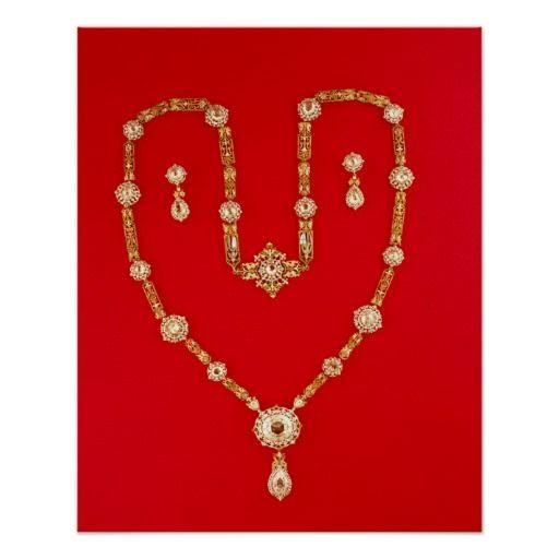 El famoso collar de Tiffany y Co. será una prueba evidente de la iniciación de una sociedad en la que lideró los productos de lujo y la ostentación.