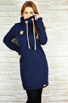 Kleid+Nike  Damen:+Gr.32-58  Was+anspruchsvoll+aussieht,+ist+in+Wirklichkeit+einfach+genäht.  Das+Kleid+kann+aus+Sweat+oder+auch+Jersey+genäht+werden.  Die+Erwachsenenversion+hat+eine+schmale+Variante+in+Größe+32+bis+44+und+eine+weite+Variante+in+Größe+32+bis+58+im+Gepäck.  Mit+im+Schnitt+sind:  +++*+Kapuze +++*+Schalkragen +++*+Halsausschnitt+mit+Belegen +++*+Ballonversion +++*+gerade+Version +++*+A-+Linie +++*+A4-+und+A0-+Format  Es+ist+für+jeden+etwas+dabei!  Schnell...