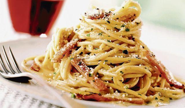 Rýchla talianska večera po práci: Špagety carbonara | DobreJedlo.sk