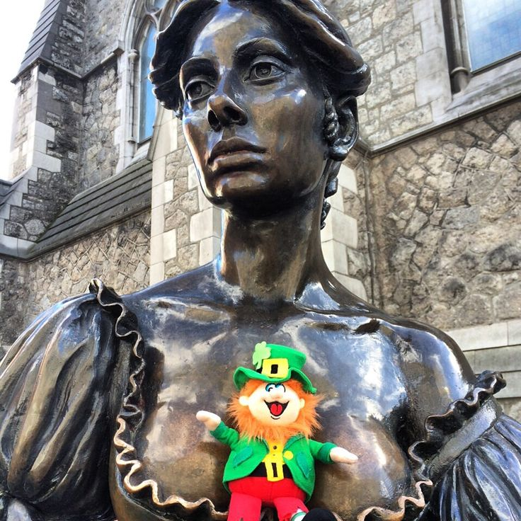 Our favourite leprechaun's trip is almost over! Looks like he is enjoining the company of his friend Molly today. Molly Malone Statue - Dublin #WheresConor