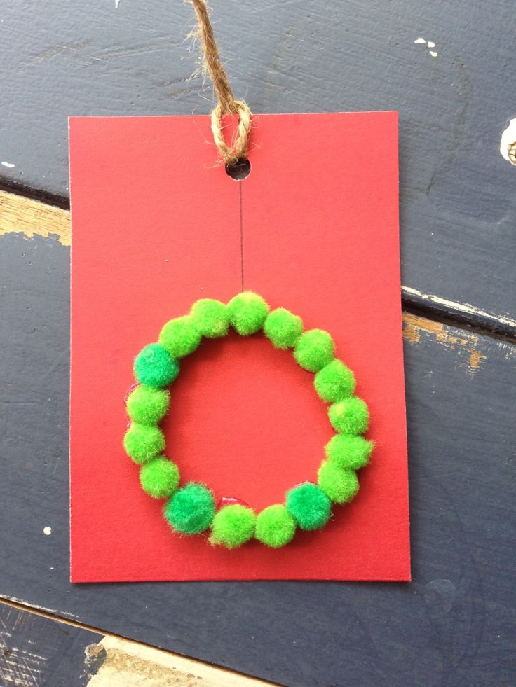Handmade Pompom Christmas Wreath Gift Tag