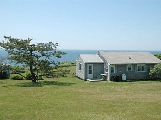Saltmeadow+on+Mohegan+Trail-+Ocean+Front+/+Fantastic+ViewsVacation Rental in Block Island from @HomeAway! #vacation #rental #travel #homeaway