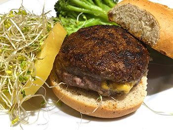 Jalapeno and Cheddar Stuffed Hamburger recipe by Dr. Gourmet