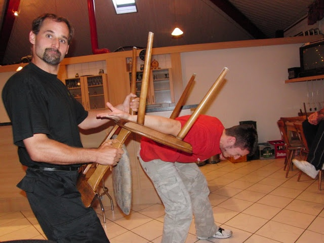 Ju-Jutsu Best of Barfight - Andy Guettner - Picasa-Webalben  http://www.bumon.es    En Bumon ense�amos jujutsu visitanos en http://www.bumon.es