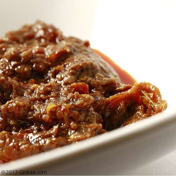 Buy superior quality Fermented Fish (Ngari) and King Chilli Pickle , online only at Giskaa.com at best and lowest price.