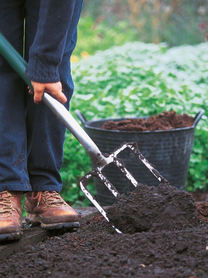 17 καλύτερα ιδέες για Komposterde στο Pinterest | Κήποι με βρώσιμα ... Kompost Anlegen Richtige Pflege Garten