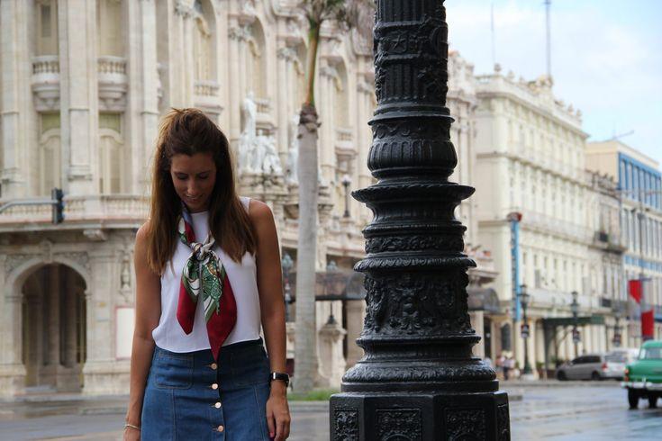 Sucedió en La Habana (II) - Culet de Cirereta by Lupe Mira #Bag, #Blog, #Blogger, #Chic, #Cuba, #Culetdecirereta, #Fashion, #Fashionable, #Fashionblog, #Fashionblogger, #Havana, #Jean, #Lahabana, #Look, #Lookbook, #Lookoftheday, #Lotd, #New, #Newpost, #Ootd, #Ootdshare, #Post, #Silk, #Skirt, #Spanish, #Spanishblogger, #Streetstyle, #Style, #Stylelovely, #Stylelovelyblog, #Sucedioenlahabana, #Todayimwearing, #Travel, #Zara