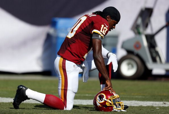 #Redskins QB Robert Griffin III reportedly has a dislocated ankle.