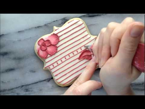 Brush Embroidery and Lace Using Royal Icing on a Sugar Cookie - YouTube