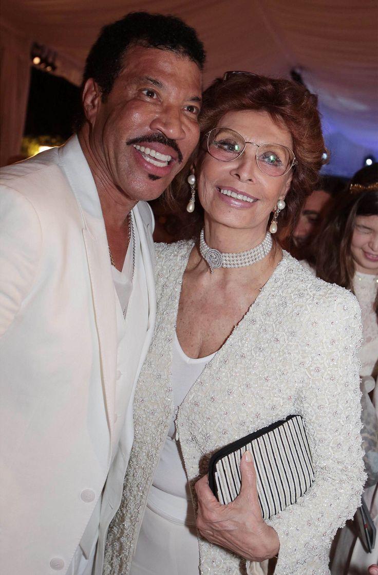 Sophia Loren and Lionel Richie at Celebrity Fight Night