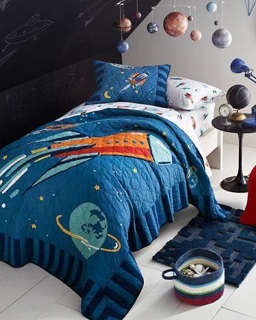 25 best ideas about solar system room on pinterest. Black Bedroom Furniture Sets. Home Design Ideas