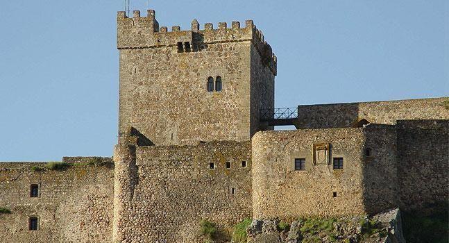 El Castillo de Luna abre hoy sus puertas tras seis años cerrado