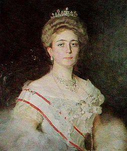 Duchessa Jutta di Mecklenburg-Strelitz 1880-1946, figlia di Adolfo Federico V ed Elisabetta . Sposò Danilo Principe ereditario del Montenegro.Dopo la conversione alla religione ortodossa prese il nome di Militza.Il marito fu Re per una sola settimana.