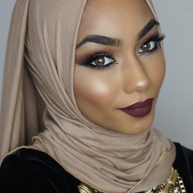 A new video is up on my YouTube channel (Sabina Hannan). It's an Arabic inspired Eid makeup tutorial so be sure to check it out and don't forget to subscribe to see more videos  Thank you so much for the love on the videos I am truly overwhelmed   To everyone who wants that glow to be popping, you need the @morphebrushes m501 brush and the @anastasiabeverlyhills glow kit in that glow   #anastasiabeverlyhills#anastasiaglowkit#glowkit#morphebrushes#anastasiabrows#sigmabeauty#hudabeauty