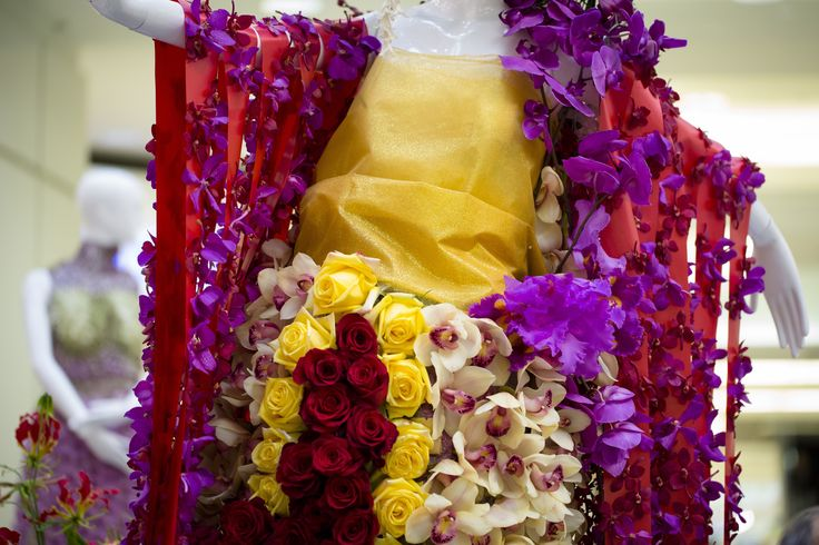 Created by Vivio Flowers for the Grotek Nutrients Mannequin.