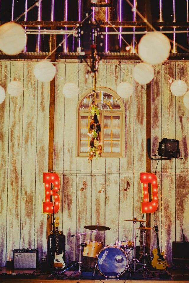 22 Best Spray Paint Wedding Ideas Images On Pinterest