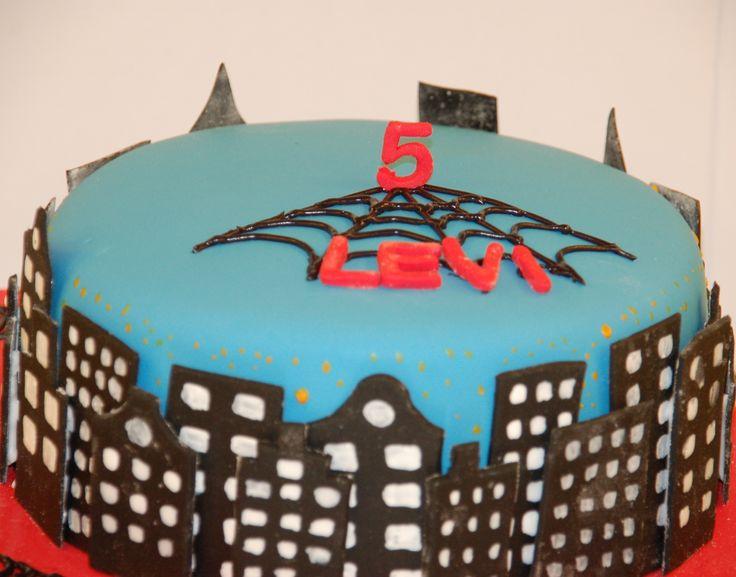 Spiderman cake with skyline