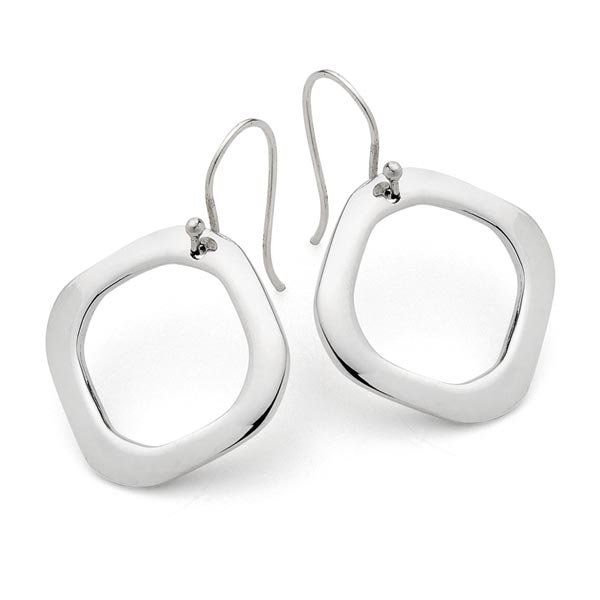 These solid silver square earrings compliment the other pieces in the square range like the Square Bangle and Square Pendant. https://www.uberkate.com.au/product-details.php?iD=2344