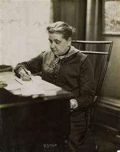 a biography of jane addams a social worker and reformer the founder of the hull house Profiles jane addams, a social reformer who won a nobel peace prize and founder of the social settlement hull-house information on her published works, essays, speeches and editorials involving social reform and settlement impact of her travels to settlement houses in london, england on her.