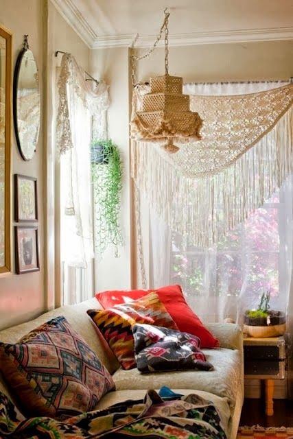 Bohemian Wednesday - How To Create A Bohemian Room - 10.09.2013