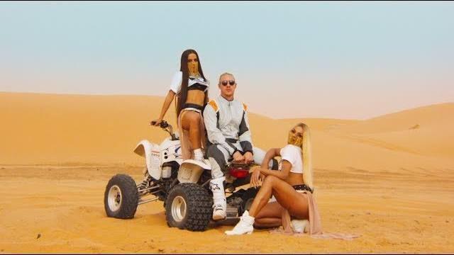 "Vídeo interessante de majorlazer: ""Major Lazer - Sua Cara (feat. Anitta & Pabllo Vittar) (Official Mus..."""