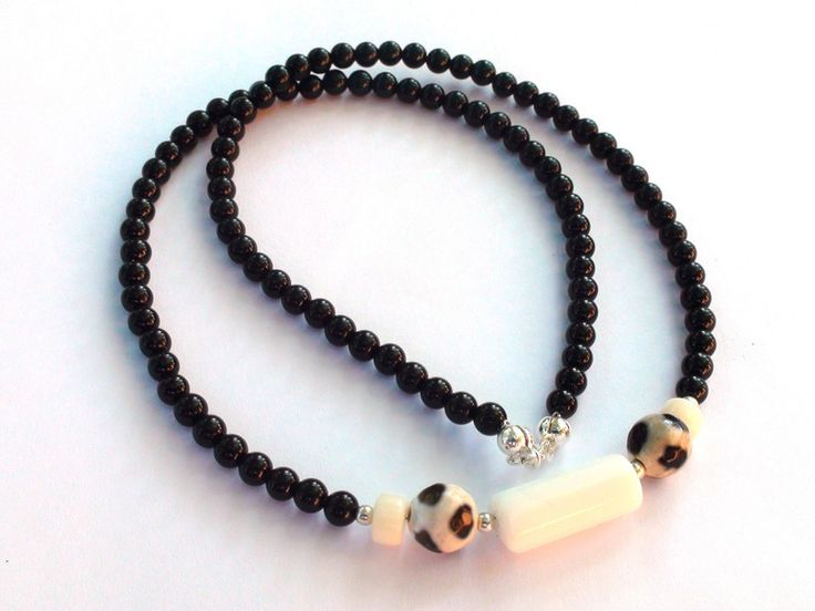 Mens Necklaces – Mens Necklace - Onyx, agate, coral, 925 silver – a unique product by OlgaJewelryBoutique on DaWanda