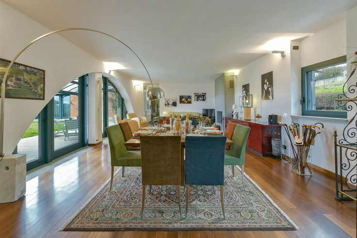 Open space dining table & living room. Valentina Farassino Architetto